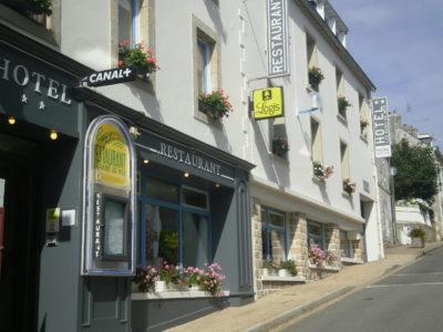 Façade Hôtel-Restaurant