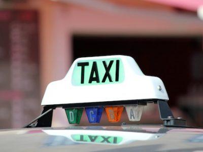 ' Lumineux ' de taxi libre